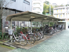 駐輪場(2)