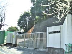 平戸中学校(約330m)徒歩5分