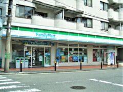 ファミリーマート東戸塚記念病院前店まで約783m(徒歩10分)