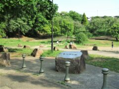 東山田公園まで約107m(徒歩2分)